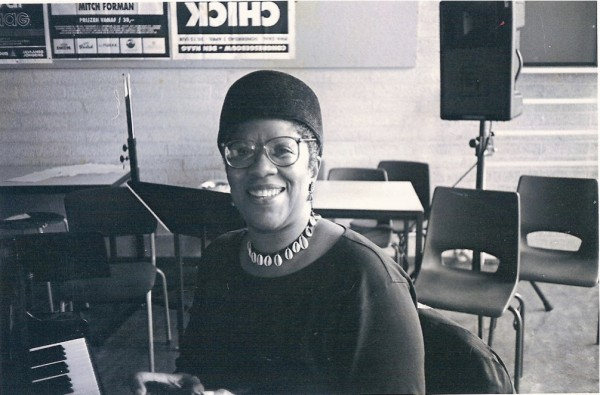 Jeanne Lee during a lesson at the Royal Conservatory, around 1995, photograph by Susanne Abbuehl